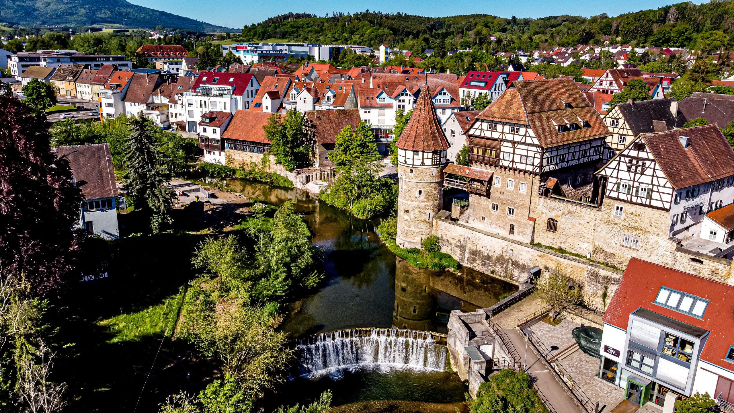 Wasserschloss & Wasserfall Bestandsaufnahme